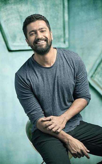 Image result for vicky kaushal as assistant director