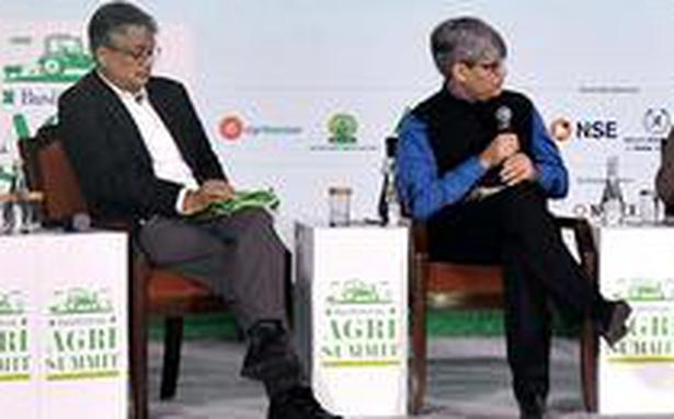 'Awareness, modern technology can cover farmers from agriculture risk'