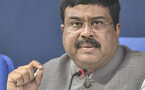Delhi to have Hydrogen-enriched CNG by 2019-end: Dharmendra Pradhan