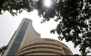 Sensex, Nifty rolling in green