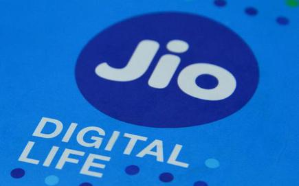 Reliance Jios Rs 699 Phone Offer May Hit Airtel Vodafone