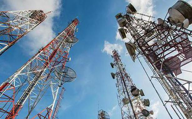 AGR: SC asks govt to explain if spectrum of telcos under IBC can be sold