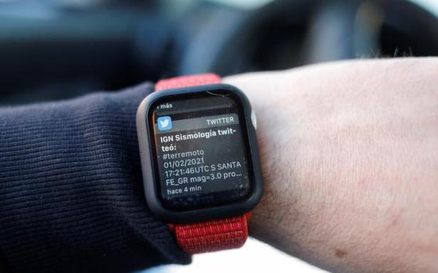 Apple Watch can be used to identify early signs of Covid-19 - BusinessLine