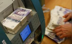 Sterling sags on Brexit concerns, weighs on euro