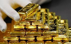 Gold imports touch a decade high level of $23.9 billion in H1