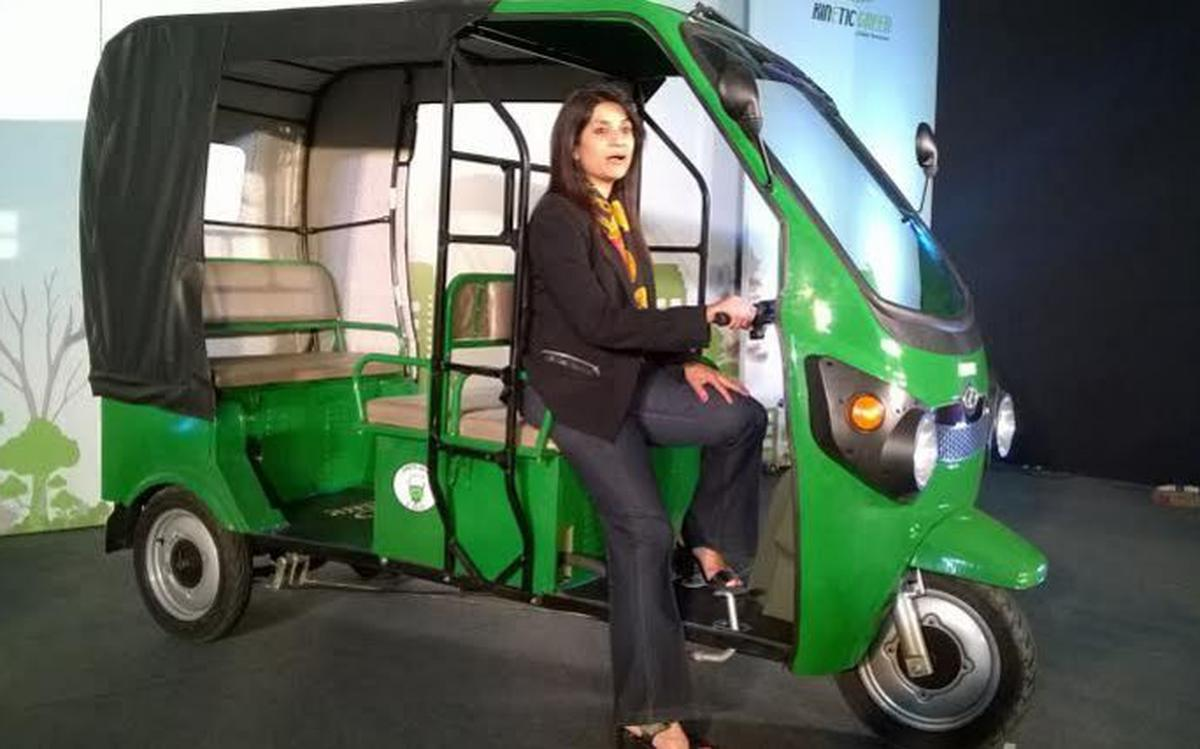 Kinetic Launches Electric Three Wheeler At Rs 1 28 Lakh The