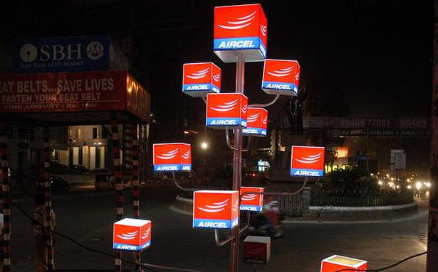 Blanked out, Aircel customers try to port