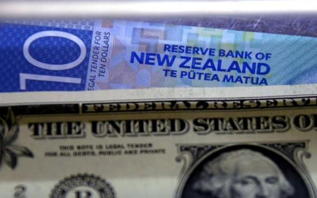 Euro New Zealand Dollar Sideswiped By Political Uncertainty