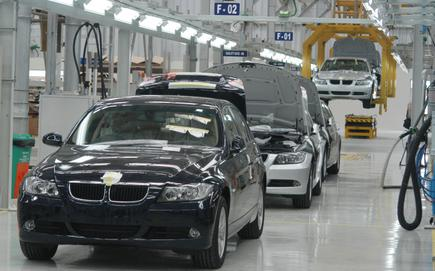 Bmw Keeps Lead In Luxury Car Market With 73 Growth In 2010 The