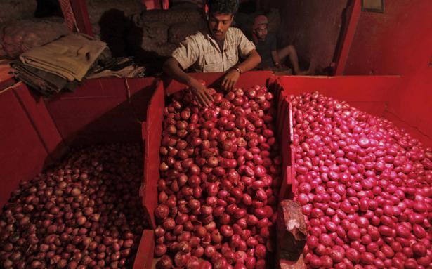 Rising onion prices fuelling inflation not rates