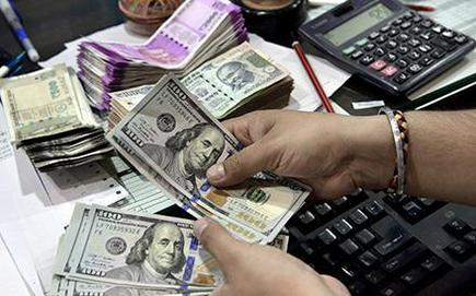 Us Dollar Softer As Euro Rises On