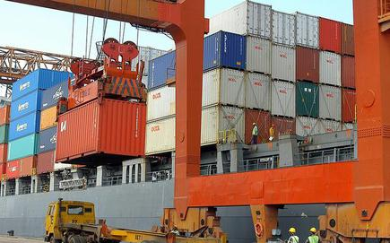 36,000 port workers to get 10 6% wage hike - The Hindu