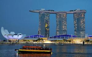 Singapore's iconic Marina Bay Sands to add fourth tower