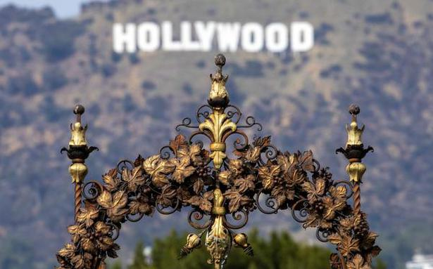 Actor Zach Avery arrested in connection with Hollywood Ponzi scheme