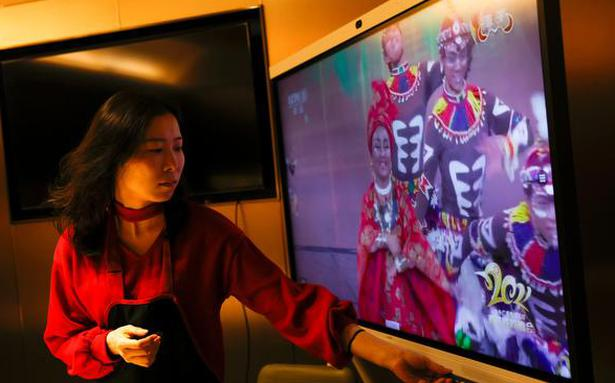 China New Year gala show sparks new racism controversy with black face performance