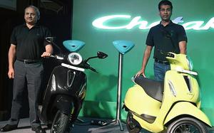 Will resort to 'period of intense observation' for e-vehicle category: Rakesh Sharma, ED, Bajaj Auto